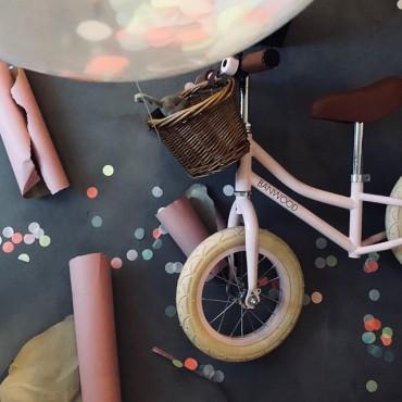 Draisienne First Go Pink - Banwood - Trésors d'Enfance à Rodez