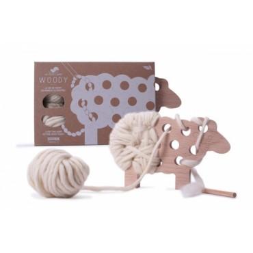 Woody, Le mouton à tricoter - Les Jouets Libres - Trésors d'Enfance à Rodez